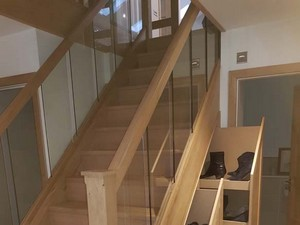 hip-to-gable-loft-conversion-stairs-in-barnet