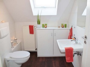 low-ridge-flat-roof-dormer-in-house-in-hampton-1