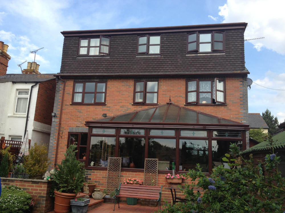 Full width rear dormer 2 beds and ensuite in a house in Chiswick